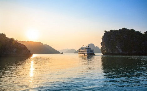 Silver Sea Cruise - Halong Bay, Quang Ninh